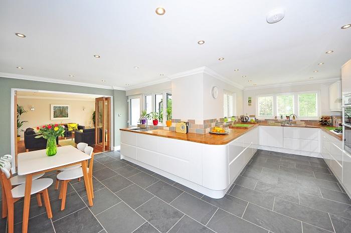 Dizajn kuchyne vo veľkých priestoroch